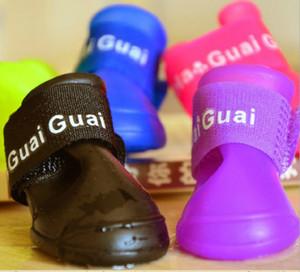 commercio all'ingrosso 4 pz / set scarpe da cane pet scarpe pet boot antiscivolo skid impermeabile pet scarpe taglia s m l 5 colori