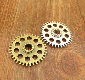10pcs Antique Silver gear mouvement en alliage de zinc accessoires bijoux charme rétro 26mm Pendentif de style steampunk