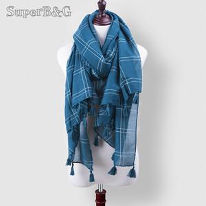 Venta al por mayor- 2017 nuevas mujeres de la manera chales bufanda de la tela escocesa bufandas de la borla del mantón del abrigo toallas de playa protección solar fina manta femenina