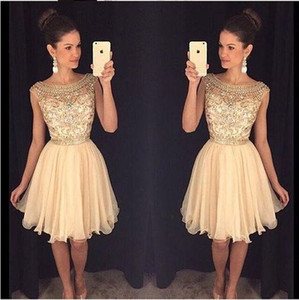 2016 Sparkly Gold Homecoming vestidos Scoop Neck Mini gasa rebordear Crystal Short Summer Prom Party Dress Vestidos de graduación