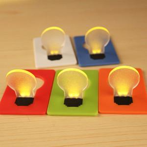 Artículos de la novedad de emergencia portátil pequeño y delgado del bulbo de la lámpara LED luz de la tarjeta del bolsillo Monedero Tamaño caliente B0678 Búsqueda por mayor
