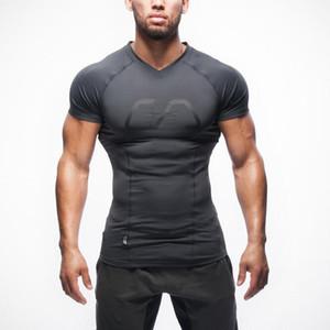 Новое прибытие мужчины компрессия тенниска тренажерный зал бодибилдинг фитнес с коротким рукавом V-образным вырезом рубашки спортивные тренировки мышц работает вершины