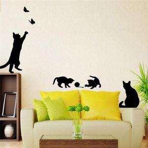 Горячая стикер стены кошки играть бабочка декоративные спальня кухня стены оригинальность мультфильм дети украшения дома