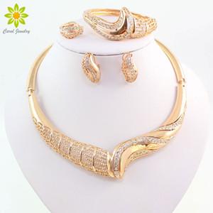 Set di gioielli da donna per accessori da sposa Perline africane Collana con pendente in cristallo Collana con orecchini Set di orecchini