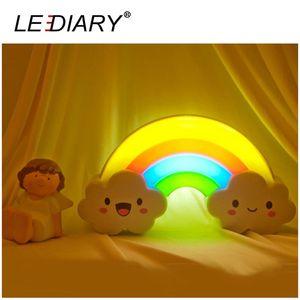 LED arcobaleno colorato Night Light VoiceLight Control Luci decorative Lampada da comodino per bambini Presente / Toy Batterie alimentato