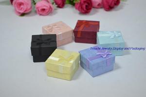 En gros 48 pcs / lot Mode Ruban Boîte à Bijoux Multi couleurs Anneau Boîtes Pendentif Boucle D'oreille Boîte 4 * 4 * 3 Affichage Emballage Boîte-Cadeau