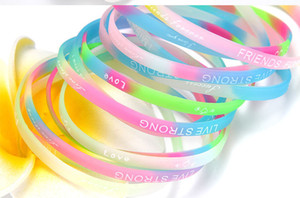 Moda Geléia Luminosa Silicone Pulseira Sports Bracelet Inglês Letras Pulseira Pulseira de Estilo Misto Anéis de Mão Por Atacado Entrega Aleatória