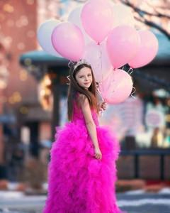 2017 Girls Pageant Dresses 공주 Tulle 레이스 아플리케 진주 자홍색 보석 목 티어링 스커트 키즈 플라워 걸 드레스 싸구려 생일 가운