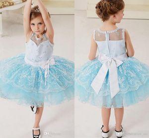 Blumenmädchenkleider Brautkleider Crew Rüschen Perlen Lace Puffy Pageant Kleider Für Mädchen Reißverschluss Bogen Band Kleinkind Brithday Party Kleider