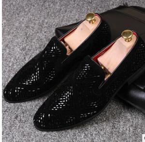 Mocassini di paillettes glitter colorati casuali Scarpe da uomo mens Scarpe da uomo Scarpe di lusso di marca Chaussures De Mariage Scarpe di moda