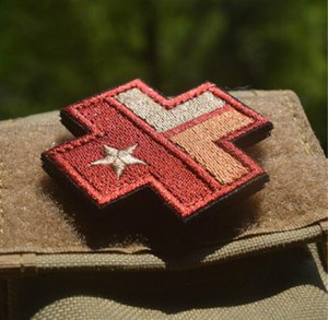 2 * 2-Zoll-hochwertige 3D gestickte Aufnäher Texas-Flagge mit Magic Tape Cross Medical Armbinde Abzeichen GPS-035 GAME Patch