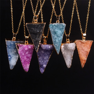 Gold Bezel Raw Natural Gem Stone Healing Power White Quarzo Pendant Druzy Collana Hot Triangle Shape Semi Prezioso Rock Paradise Crystal