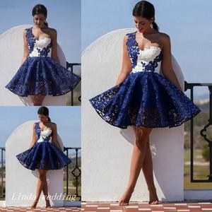 Bleu marine et blanc court robe de cocktail de haute qualité une épaule dentelle femmes portent des robes de soirée robes de bal de bal