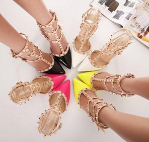 Новый модный бренд дизайнер насосы металлические заклепки кожа пятки обувь T-ремень насосы женщины сандалии высокие каблуки дамы заклепки обувь 8 см бесплатно shipp