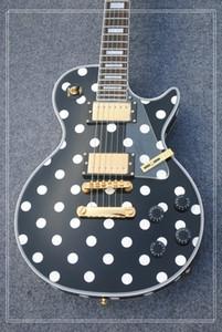 nuova best seller Hot new guitar, electric guitar! spedizione gratuita, può essere un sacco di personalizzato, in bianco e nero,