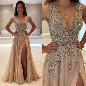 2020 Plus Size Bling Champagne Prom Dresses Crystal Beaded Side Split Illusion Deep V Neck Tulle Open Back Party Dress Formal Evening Gowns