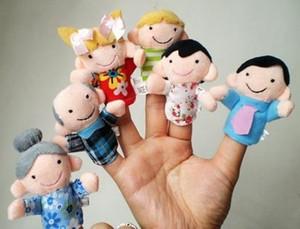 Peluş Parmak Kukla Aile 6 adet Set, Peluş Karikatür, Çocuklar Için El Yapımı kuklalar Eğitim Hikayesi Teller / Talking Sahne