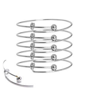 Le bracelet de mode 10pcs fournit du toner en acier inoxydable avec des bracelets réglables en fil de cuivre, faits de bijoux faits maison