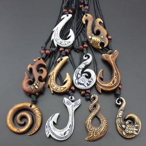 Chaude 10 PCS Mixte Style Hawaiian Bijoux Sculpté À La Main Imitation Os Poisson Crochet Pendentif Collier Amulette Cadeau MN428