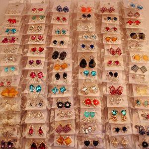 Mode Top Qualität Neue 100 Arten Diamant Ohrringe Perle Ohrringe Schnalle Schmuck Für Frauen Hochzeit Ohrringe Stud Mixed Pair