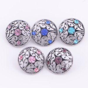 Noosa Diy Ginger Snap Rhinestone Chunk Charm Button 5 Mezcla de estilo hueco Hinterchange 18mm Snap Button Jewelry