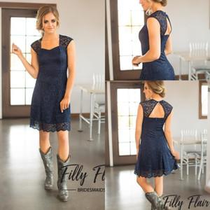 Custom Made 2019 Breve blu navy in pizzo abiti da damigella d'onore maniche lunghe al ginocchio a buon mercato Country Maid of Honor Dress