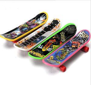 Дети мини-Tech Deck Finger скейтборд пластикового handboard игрушки Дети Finger самокат мини Пальцы Скейт интернат Deucational дети палец игрушки