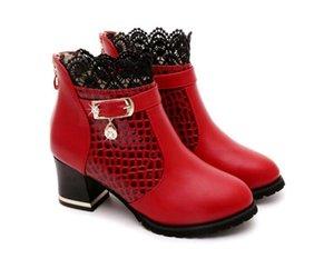 Botas para mujer Otoño Invierno 2016 Encaje de la manera Ahueca hacia fuera las señoras Zapatos de mujer de cuero Sexy Botines para mujeres Botas Mujer 2DHN4