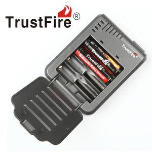 100 % Authentic Trustfire TR003 4 슬롯 배터리 충전기 18650 16450 14500 18350 충전식 배터리 VS Nitecore I8 DHL 무료 배송