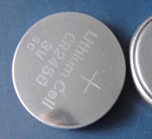 2000PCS / لوط CR2450 3V الليثيوم خلايا عملة زر خلية البطارية