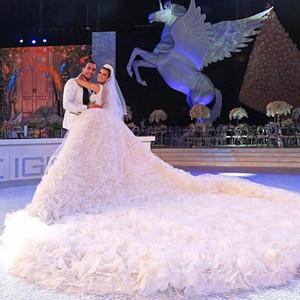 Luxuoso vestido de noiva elegante V-Neck Feito à Mão Flores destacável Longo Capela Trem de Alta Qualidade Vestidos de casamento libaneses