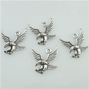 16517 50PCS Aleación de plata antigua Vintage Animal Bird Flying Eagle colgante Charm
