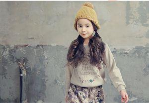 Retail Teenage Girls 'Clothing Set Automne Nouveau 2016 Enfants Filles Vêtements De Sport Costume À Manches Longues Top Pantalon 2 pcs Blanc Noir