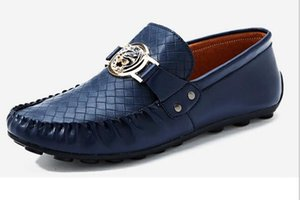 Sapatos de Negócios dos homens Primavera e Outono modelos populares Peas shoes homens sapatos de condução de couro respirável homens SHOES
