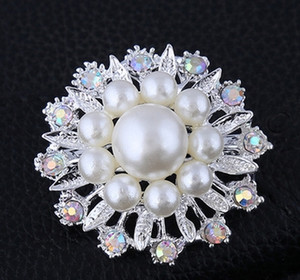 Wholesale Bling Bling Women Brooch Crystal Rhinestone Enameling Flower Pin Brooch Fashion wedding party costume jewelry gift brooches