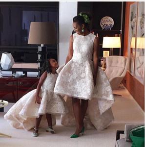 High Low Blumen Mädchen Kleider Für Hochzeiten Spitze Appliques Hochwertige Mädchen Pageatn Kleider Kinder Personalisierte Kinder Formale Party Kleid