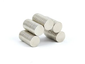 Vente en gros - En stock 50pcs Strong NdFeB Round Magnets Dia 10x3mm N35 Terre rare Néodyme Artisanat permanent / DIY Livraison gratuite