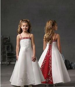 Nakış Beadings Uzun Custom Made Düğün Spagetti Askı Kırmızı Ve Beyaz Çiçek Kız Elbise için Sevimli Küçük Kız Elbise