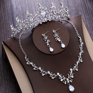 Los últimos 2020 joyería conjuntos de cristal Rhinestone nupcial collar de la gota pendiente plateado tiara de boda de los pendientes pendientes del envío libre barato EN1102