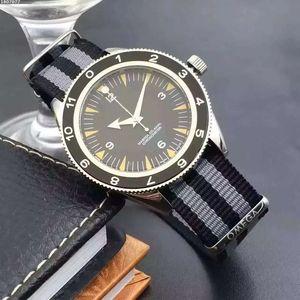 Reloj de pulsera de lujo de los hombres del reloj para hombre Relojes Hombre Rojo Correa OTAN James Bond 007 Spectre Mujeres automática del relogio masculino mecánico de pulsera