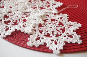 Häkeln Sie Schneeflocke hängende Verzierung Winter-Christbaumschmuck Häkeln Sie Verzierung Weiße Häkelnschneeflocken Handgemachte Verzierungen 10PCS sd55