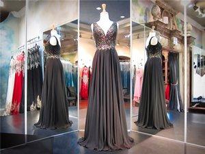 Negro de gasa con cuello en V de talle vestido de fiesta colorido rebordear superior una línea de elegancia vestido de noche vestido largo desfile