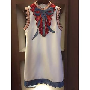 Gros-HAUTE qualité plus récent mode 2016 Summer Runway Dress Femmes sans manches de luxe paillettes Bow Vintage Mini Dress