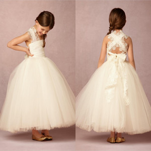 2017 Criss Cross Back 레이스 골동품 Cheap Flower Girl Dresses 볼 가운 공주 러블리 레이스 아이보리 Tulle First Communion Dress Tulle