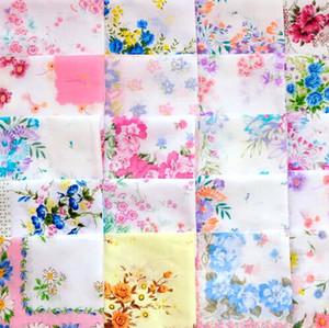 Fiesta de la boda del hermoso al por mayor impresión del pañuelo de corte Craft señora Floral Pañuelo Pañuelos Para favorecer el mejor regalo