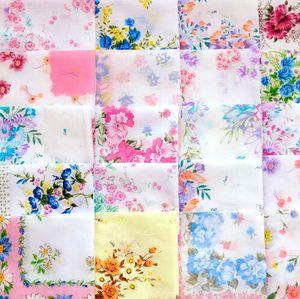 Boda Beautiful Favor Handkerchief Hanky Craft Impresión de regalo floral Pañuelos para el partido del cortador Lady's Best Wholesale Lnewo