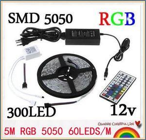 1PCS RGB LED Streifen 5M SMD 5050 300 LED / Rolle wasserdicht IP65 + 44 Tasten IR-Fernbedienung + 12V 5A Energien-Adapter