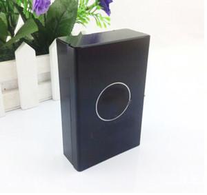 Nouveau modèle C célèbre alliage boîte de cigarettes avec la mode C cas classique de cigarette noir pour dame de la mode