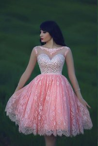 Fashionable Pink Short Homecoming Dresses 2020 Open Back Scoop Neckline With Crystal Beaded Lace A Line Graduation Gowns New Arrival