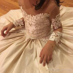 Applique del cordón de las muchachas de las flores se viste para el lazo escarpado del cuello de la boda 2017 cuentas vestido de la muchacha de la flor de la manga larga Vestidos del desfile del cumpleaños superventas